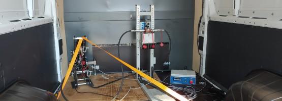 Badanie uchwytów mocowania ładunku przez Instytut Transportu Samochodowego